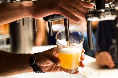 La cerveza tiene muchos beneficios