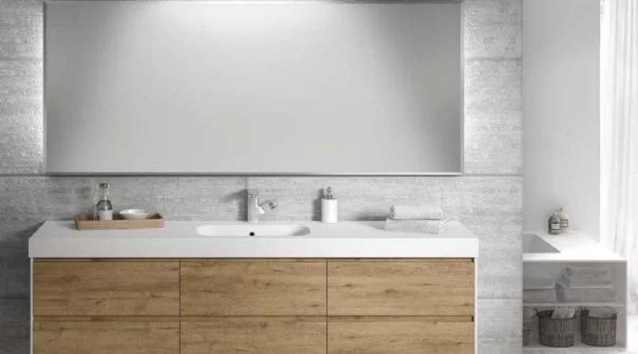 Muebles rústicos para baños acogedores y cálidos