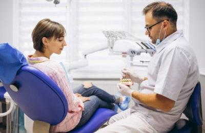 Todo lo que debes saber para elegir una buena clínica dental con tratamientos de medicina estética incluidos