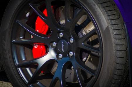 Cuidado del neumático del vehículo