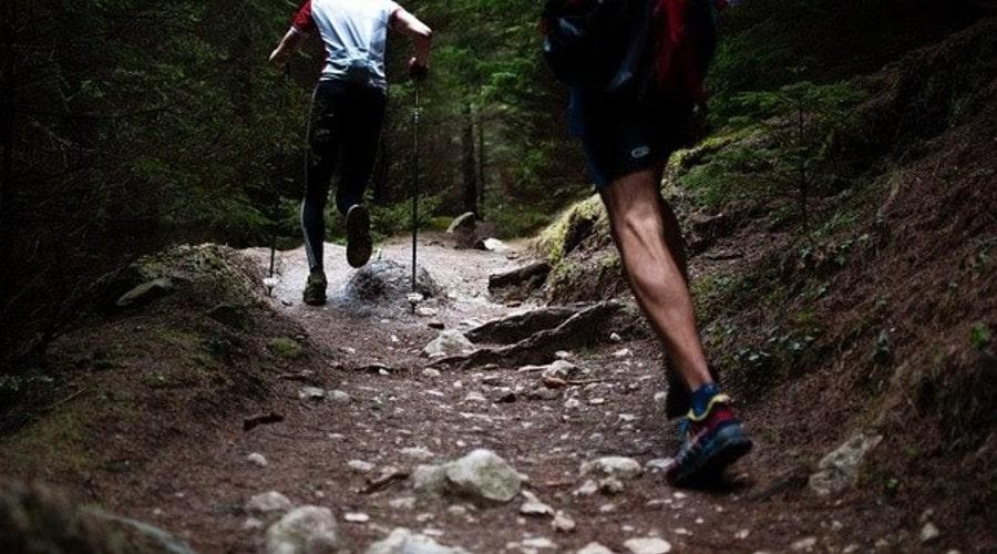 Practicar deportes de montaña